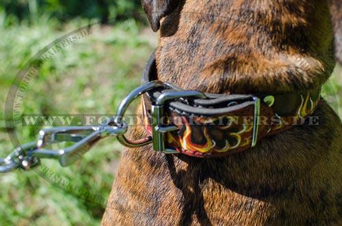 Hundehalsband für Training mit Flammen Bemalung