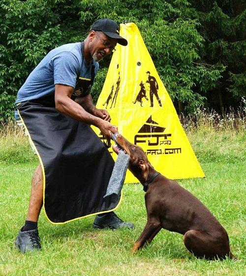 Hundetrainer Schutzschürze aus Nylon für Hetzarbeit